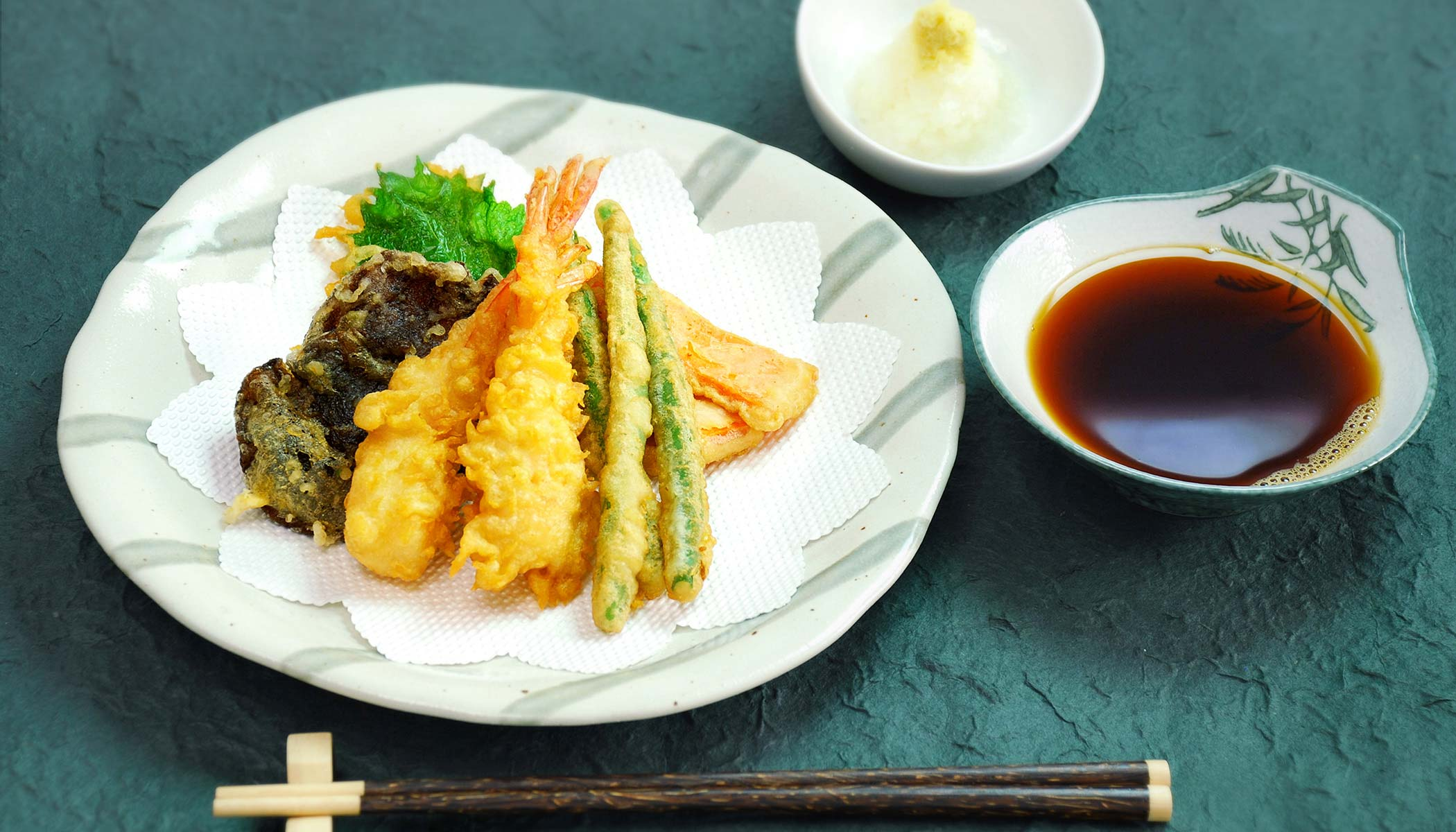 <i>Tempura</i> (Battered and Deep Fried Vegetable and Seafood)