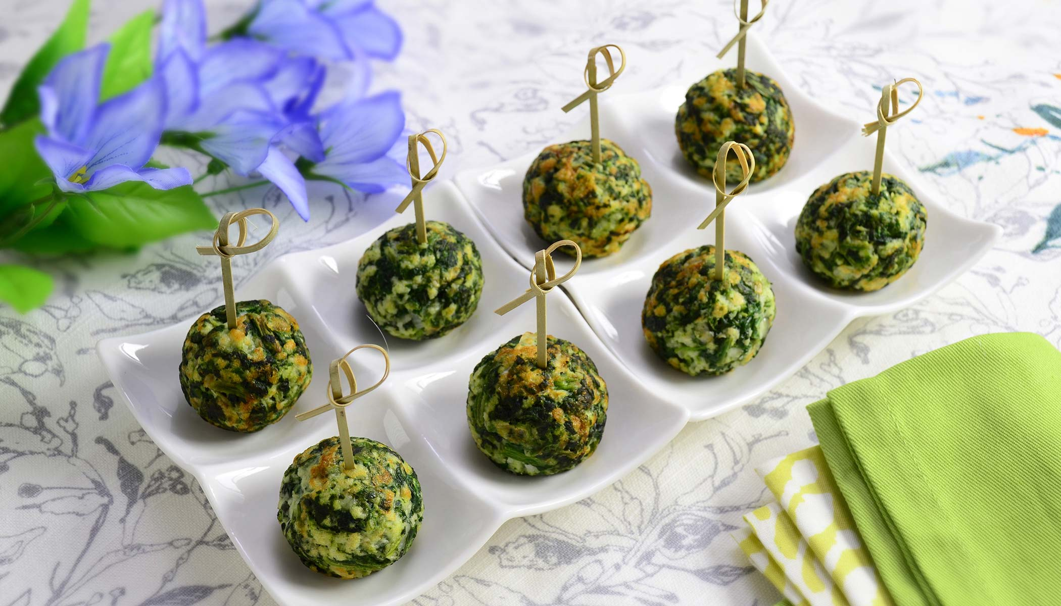 Cheesy Spinach Munches