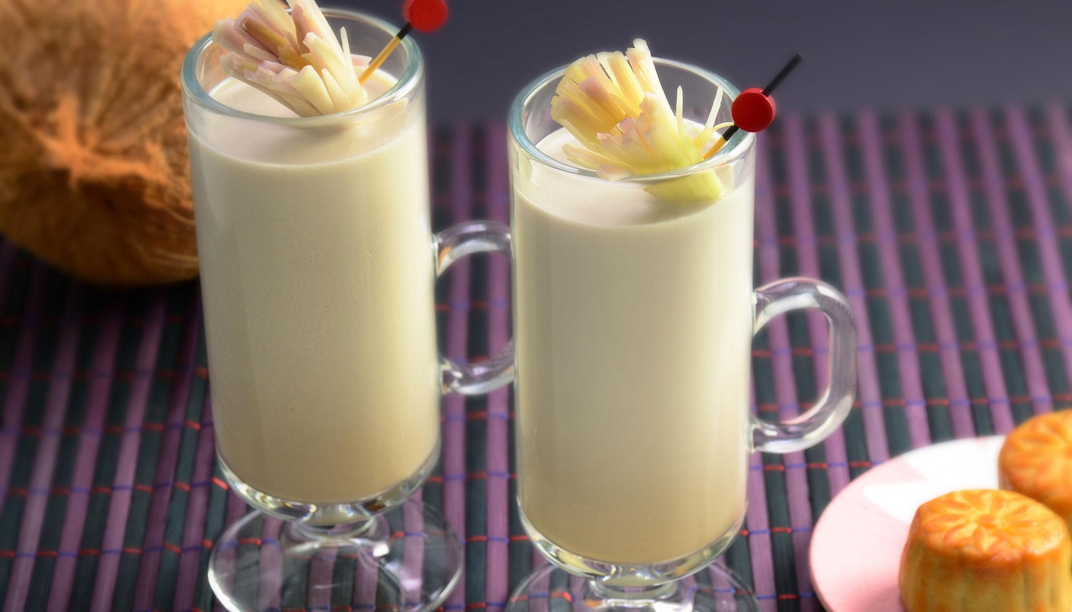 <i>Oolong</i> Coconut Milk Tea