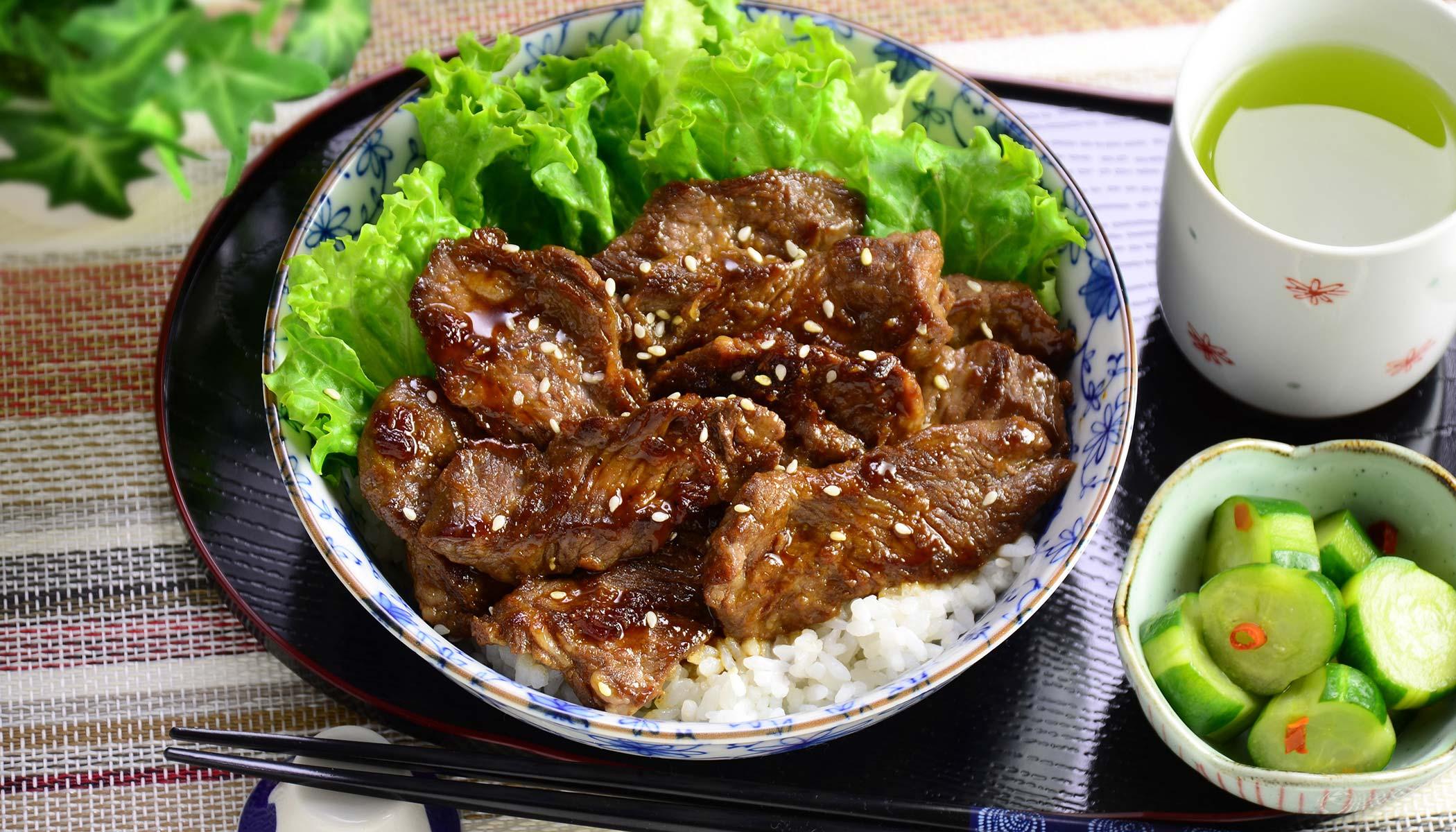 <i>Yakiniku-Donburi</i> (Grilled Beef Bowl)
