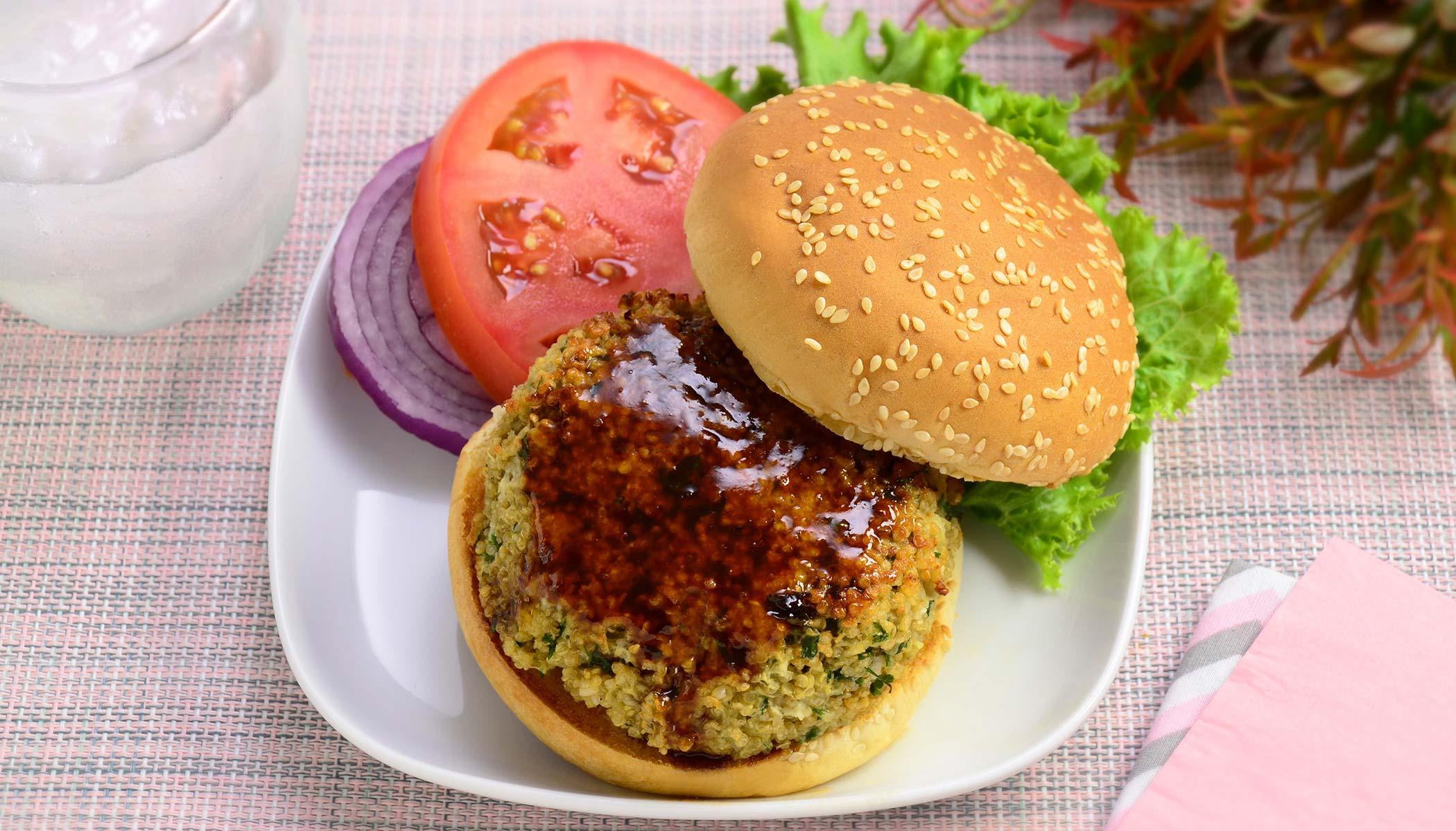 Quinoa Burger Deluxe