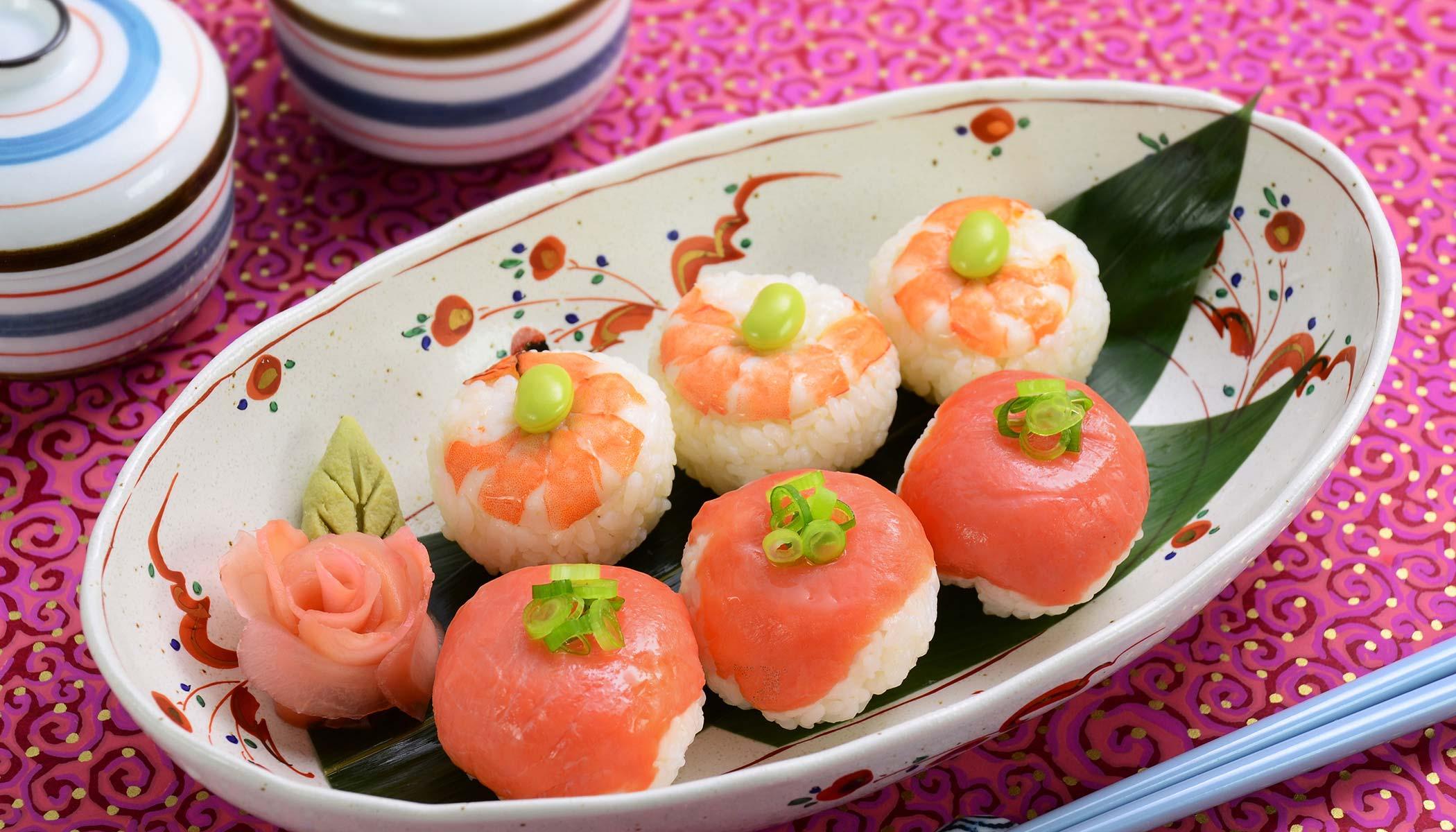 <i>Temari</i>-<i>sushi</i>