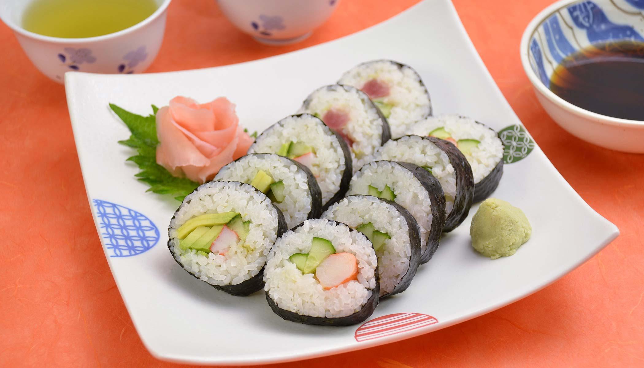 <i>Maki Sushi</i> (<i>Sushi</i> Roll)